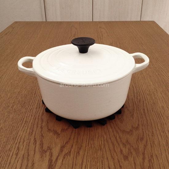 ル・クルーゼ鍋+鍋敷き